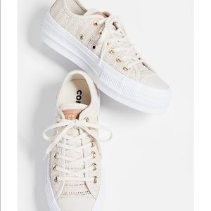 Converse Chuck Taylor All Star Platform Sneaker 7
